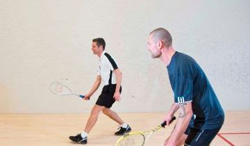 Sidste frist for turneringstilmelding samt DIFs nyeste Q&A om retningslinjerne for idræt.